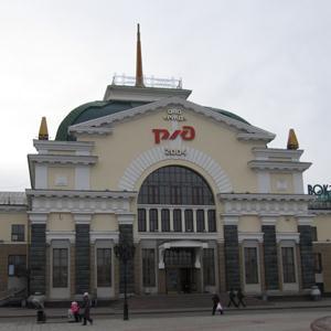 Железнодорожные вокзалы Петровского